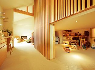 階間収納庫