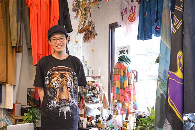 「駅から徒歩圏内に東洋大、大正大などもあるため、若い人も巣鴨には意外に多く住んでいるんですよ」と語る山本さん