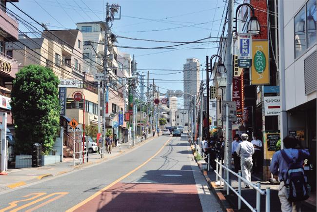 現在の新宿区夏目坂周辺