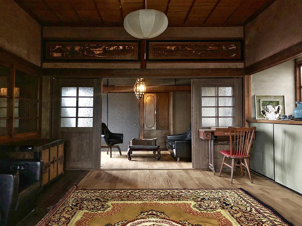 築100年の古民家の和室を洋室にリノベーションした例