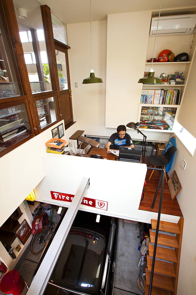 書斎でつながるビルトインガレージ 書斎