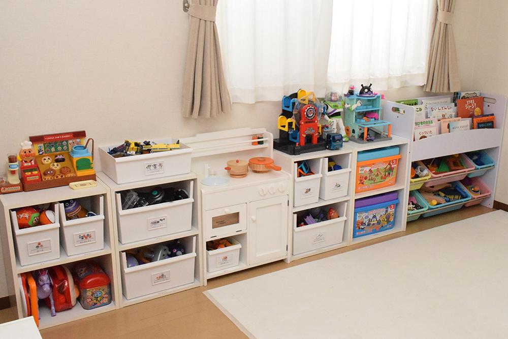 おもちゃの種類によってボックスに収納