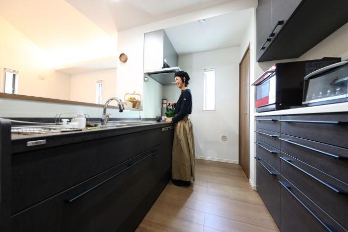 収納力のあるキッチンの実例
