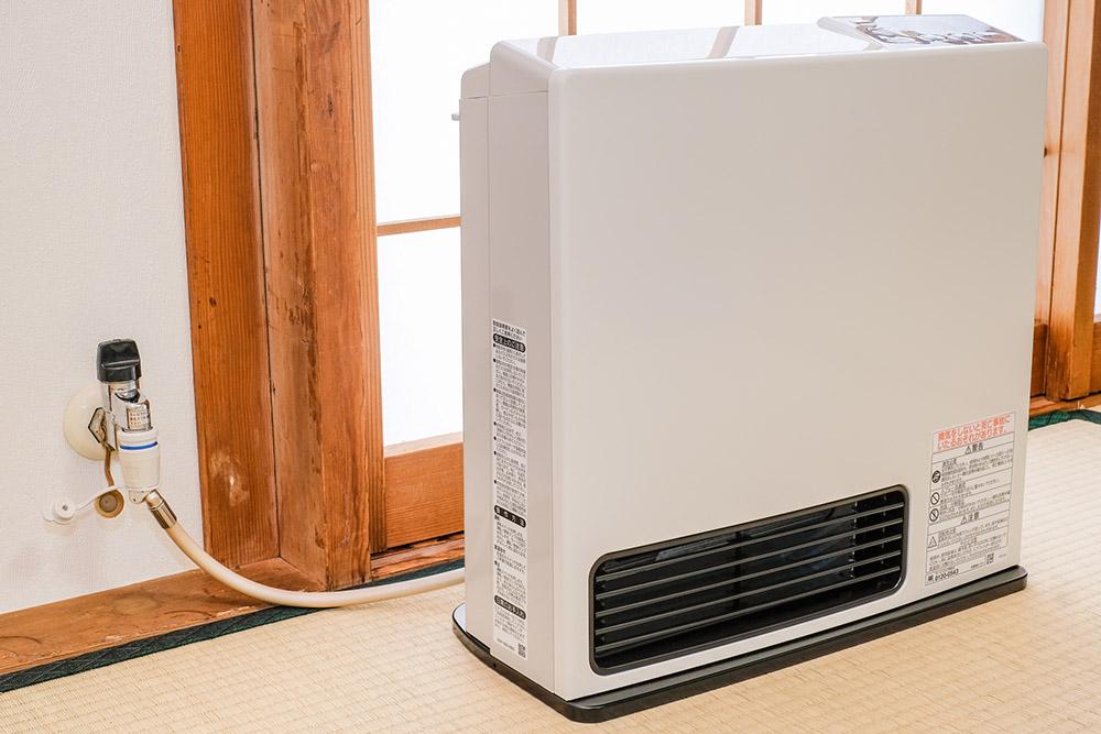 ガスを使う暖房器具の写真