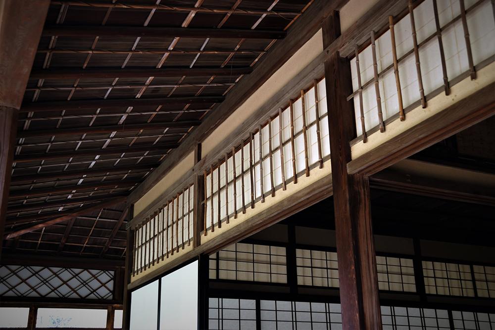 日本家屋の欄間障子