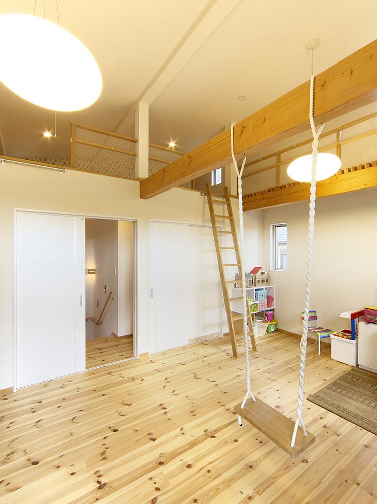 優建築工房 ロフトのある子供部屋