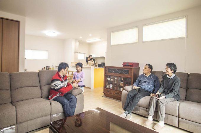 二世帯住宅の実例5のリビング