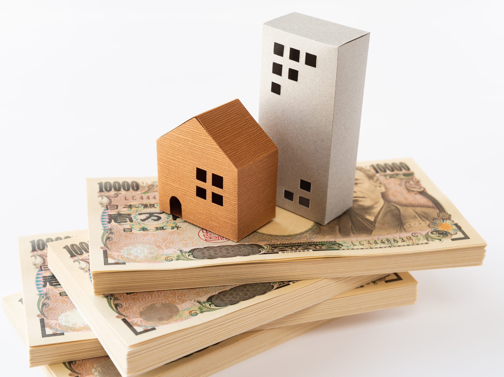 マンションと一戸建てのランニングコストの比較イメージ