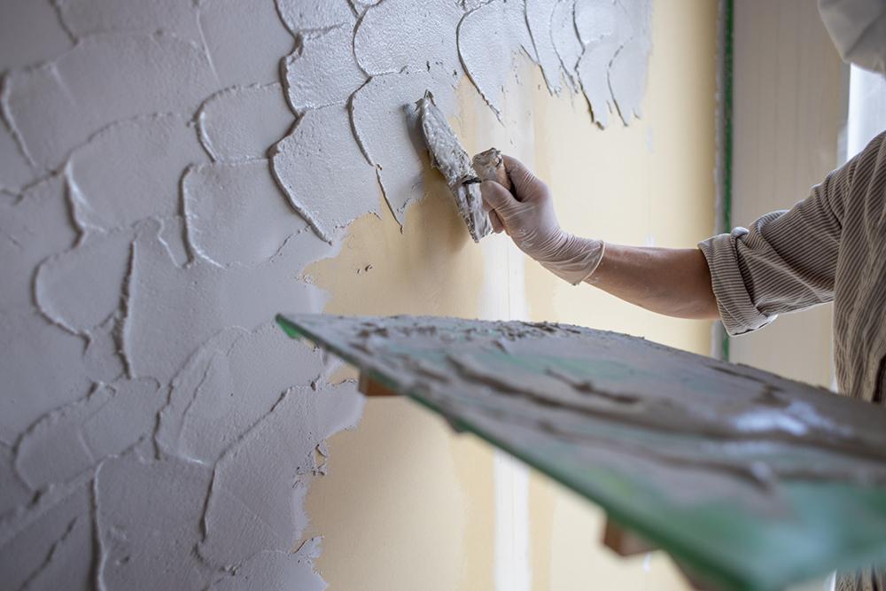 コテ跡を残すように仕上げた土壁