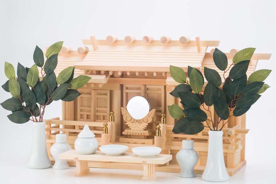 三社祀りの神棚の写真