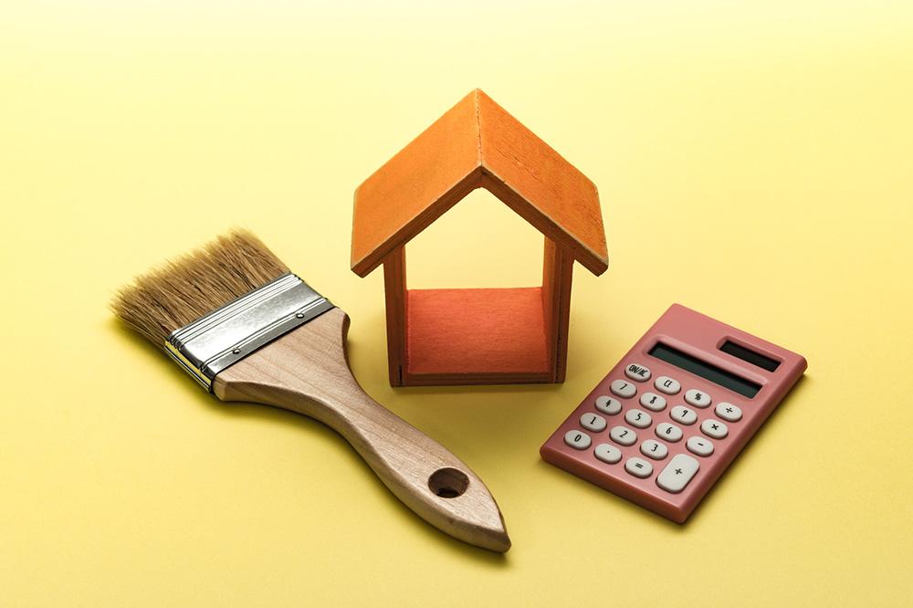 家のメンテナンスと費用のイメージ