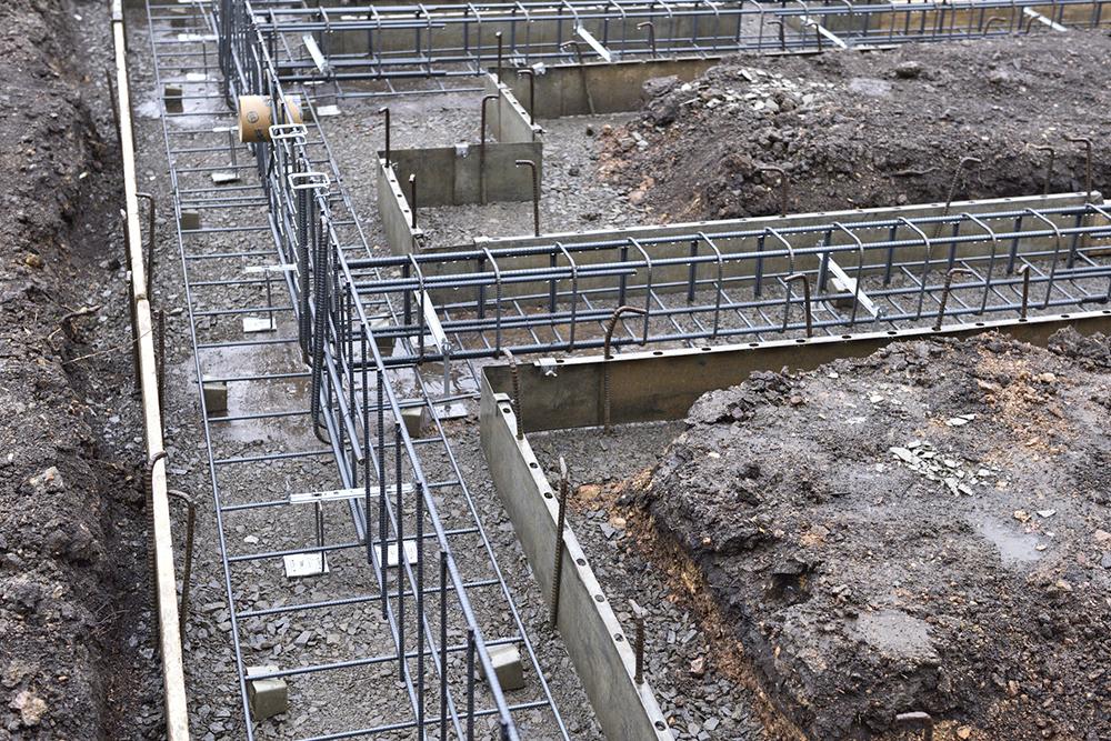 鉄筋コンクリート造の建築現場