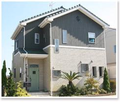 家の形はシンプルなほど低コスト(イメージ)