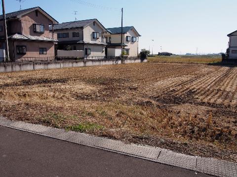 字油田(亘理駅) 2000万円