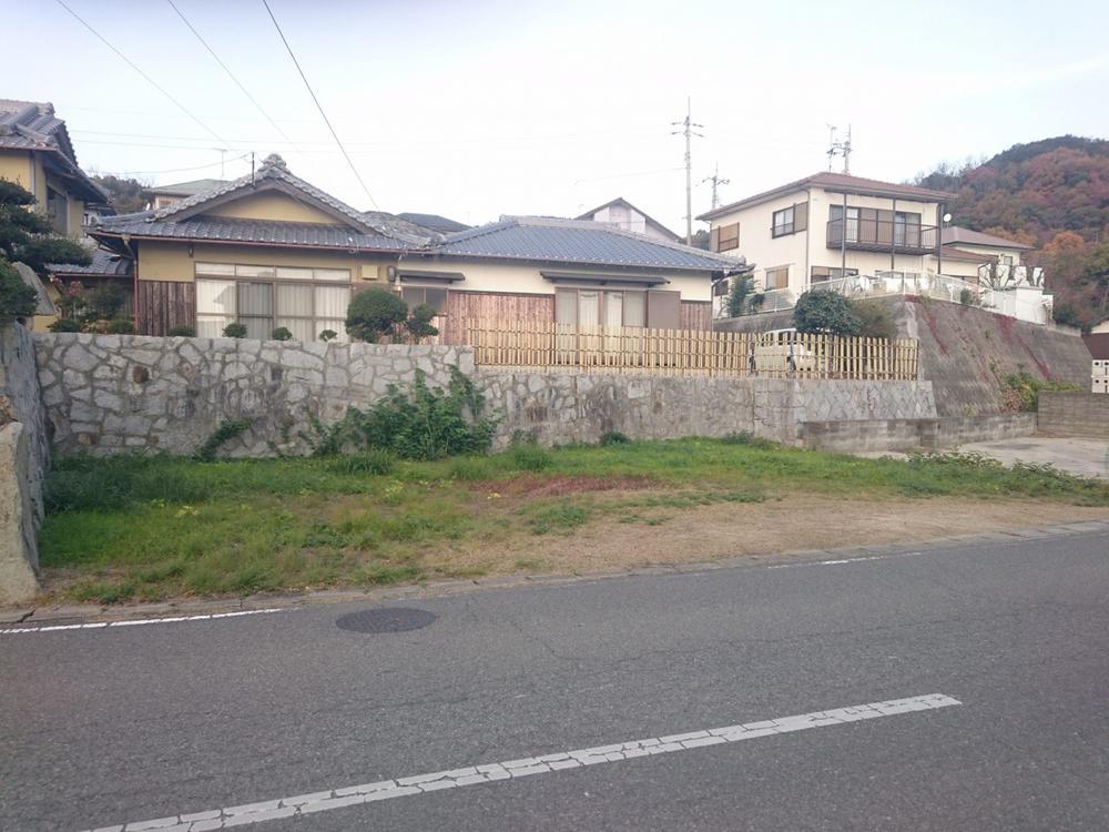 牟礼町大町(塩屋駅) 194万円