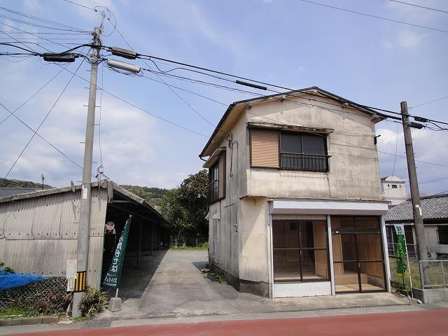 東市来町湯田(湯之元駅) 680万円