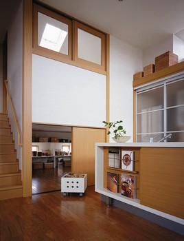 キッチン横の大収納空間「蔵」はとても便利。