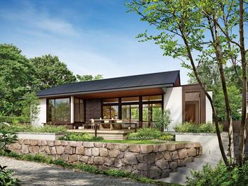 大きな切妻屋根と深い軒が生むシャープな陰影。大開口が際立つ印象的で開放感あふれるデザイン