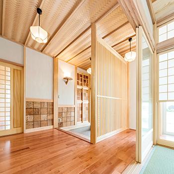 モダンな外観と、縁側のある和邸宅を両立!の画像