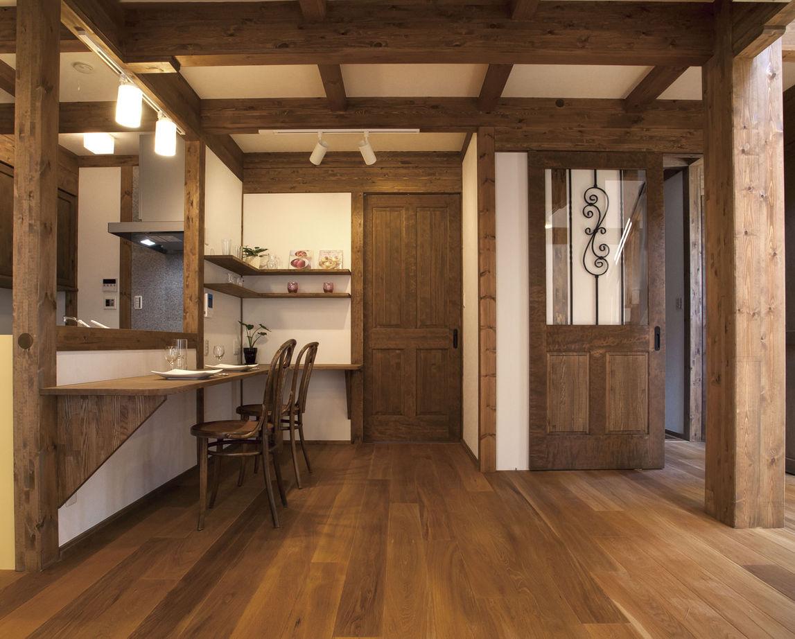 「キッチンには、趣味のアロマを楽しむ飾り棚が欲しくてリクエストしました」とI夫人