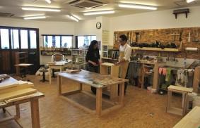 """素人の家具づくりをサポート。建築会社が運営する""""工房カフェ"""""""