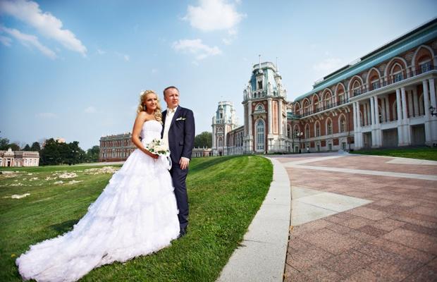 歴史ある建物で永遠の誓いを。フェリーチェガーデン日比谷での結婚式(写真: iStock / thinkstock)