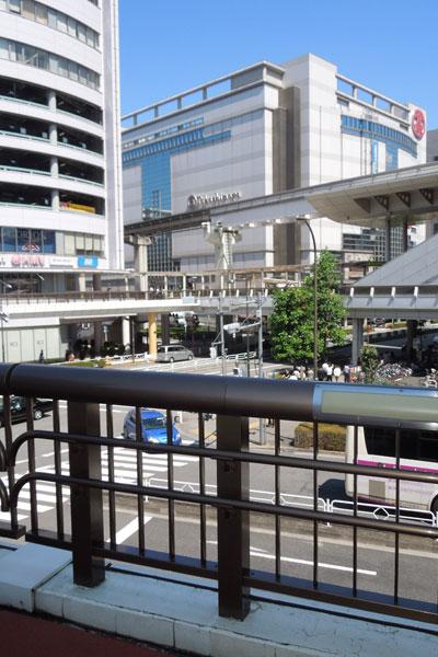【写真3】徒歩500m圏内までデッキが続いている(写真撮影:山本 久美子)