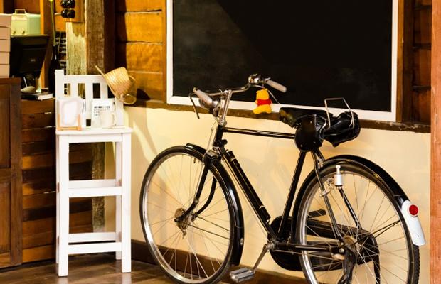街を疾走する高級自転車の保管方法とインテリアとしての魅せ方(写真: iStock / thinkstock)