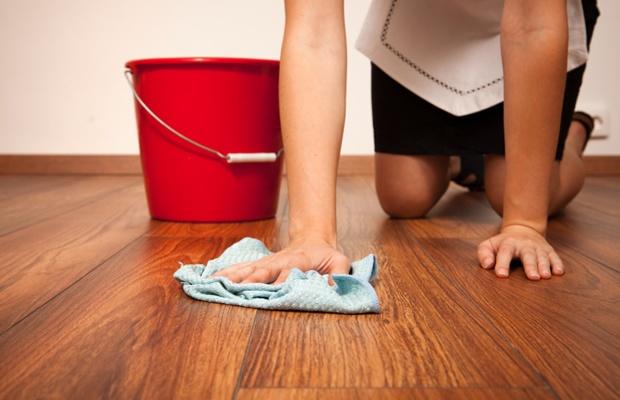 床の違いでお手入れが変わる? フローリングのお手入れ方法(写真: iStock / thinkstock)