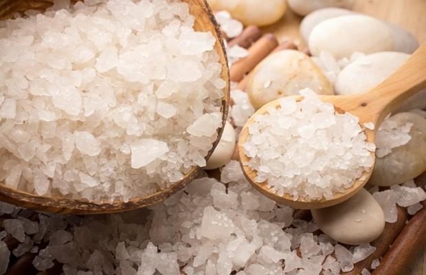 冬のバスタイムは塩をお試しあれ!「塩屋」に聞くバスソルト3選(写真: iStock / thinkstock)