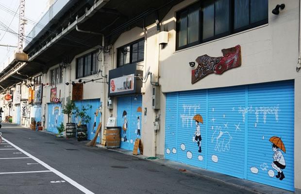 高架下がアートで明るく!大阪環状線改造プロジェクト(画像提供:西日本旅客鉄道株式会社)