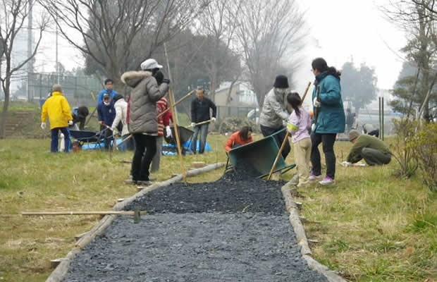 """千葉市にある""""手づくり公園""""は、地元の人たちの手で生まれた(写真提供:千葉市都市局公園緑地部公園建設課)"""