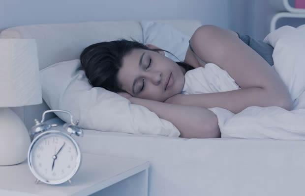 寒い冬もぐっすり寝たい!眠りのプロに聞く「安眠のコツ」(写真:wavebreakmediamicro / 123RF 写真素材)