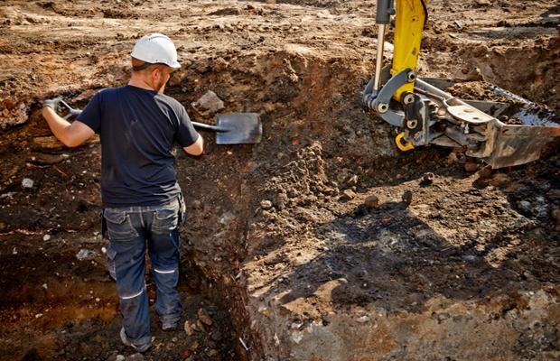 土地を買って遺跡が出たら、家は建つの?(写真: iStock / thinkstock)