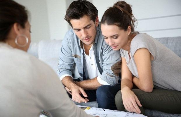マイホーム購入、夫婦でもめるポイント&先輩ママの対処法(写真:goodluz / 123RF)