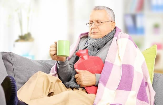 家の中、寒すぎ…低コストでがんばる防寒対策・小ワザ集(写真:ljupco / 123RF 写真素材)