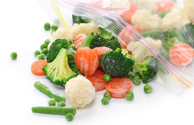 一人暮らしの節約術!冷凍食材の保存・調理をマスターしよう(写真: iStock / thinkstock)