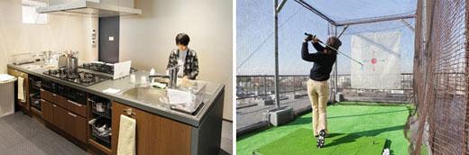 【画像4】(左)キッチンは大型のものが4つ。調理用品もそろっている(写真撮影:藤本和成)(右)屋上に設置されたゴルフ打席は、開放的な気分でフルスイングができる(写真撮影:藤本和成)