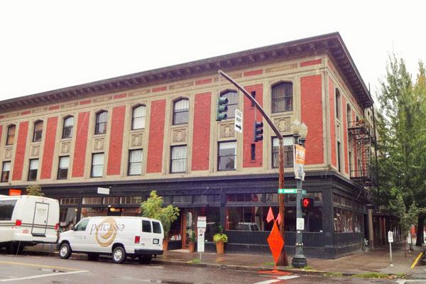 【画像3】パール地区に隣接するオールドタウンにある、1914年築の「エベレット・マイクロ・ロフト」(撮影:住宅ジャーナリスト/山本久美子)