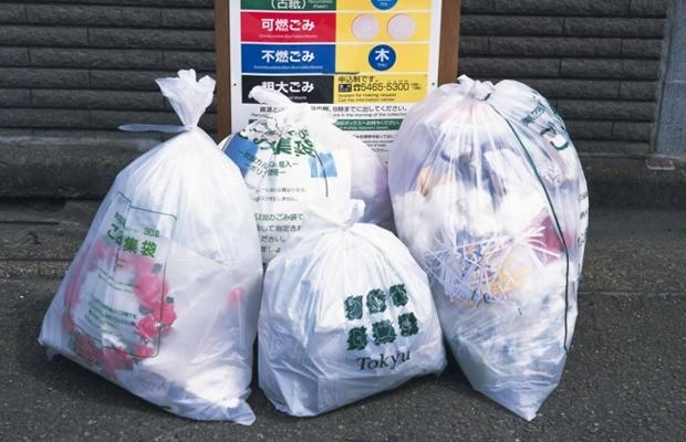 ご近所トラブルの元…ゴミ捨て場の困ったエピソードあれこれ(写真:amana images / thinkstock)