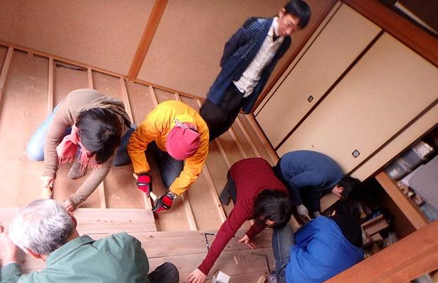 床は自分で張れる!床張りを学べるワークショップとは(写真撮影:玉置豊)