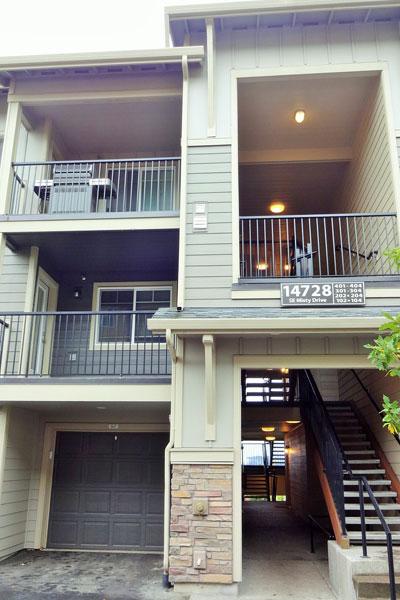 【画像2】2階の2ベッドルーム+2バスルーム(DOUGLAS)を見学(撮影:住宅ジャーナリスト/山本久美子)