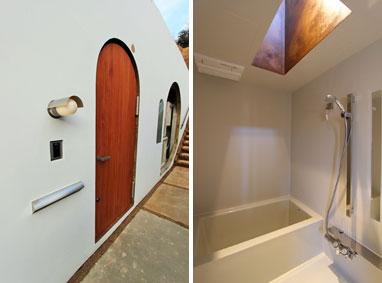 【画像2】左:「林」(2LDK)の玄関。右:浴室には天窓が設けられている(画像提供:(株)グローバルセンター)