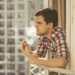 マンションの禁煙対策。最近はバルコニーでのタバコもNG?
