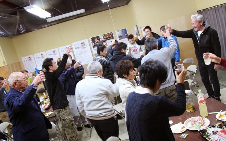 【画像2】2014年暮れに行われた3地区合同の忘年会(写真撮影:hato)