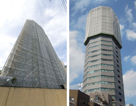 【画像】(左)一般的なマンションで使われる枠組足場、(右)タワーマンションで使われるゴンドラ足場(定置式ロングスパンゴンドラ)(画像提供:三井不動産レジデンシャルサービス)