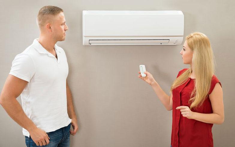 男と女のビミョ~な温度差。快適なエアコン温度に違い