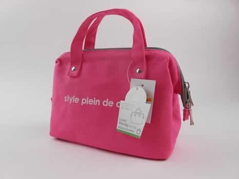 【画像4】カラーズランチバッグ ピンク(画像提供:渋谷ロフト)