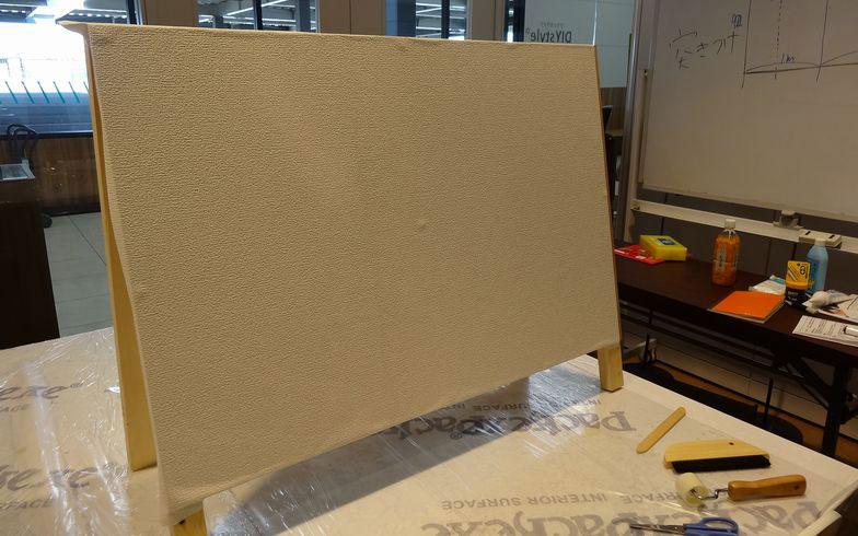 【画像6】壁紙張り、完了!(写真撮影:SUUMOジャーナル編集部)
