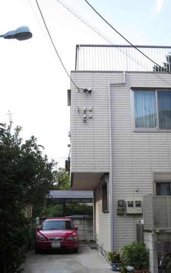 【画像1】ヘーベルハウスの二世帯住宅。3階屋上からは富士山や花火が見えるロケーション(写真撮影:藤井繁子)
